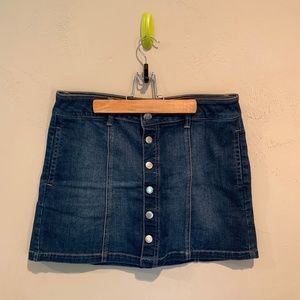 American Eagle Button Up Denim Skirt
